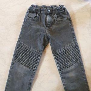 Size 7 Denim Company boys grey jeans